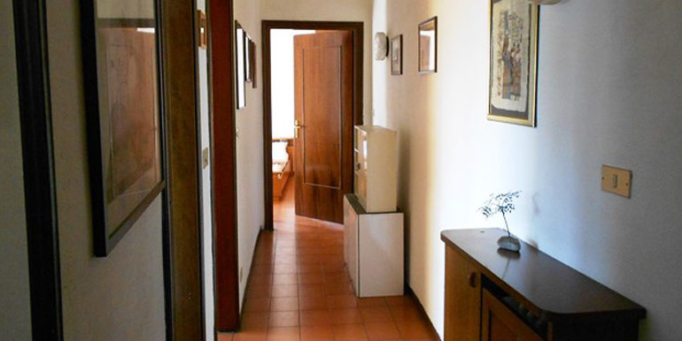 id_368_bilocale_castellanza_ingresso