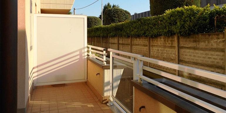 id_440_trilocale_castellanza_balcone