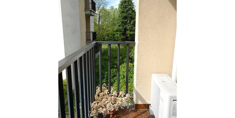 id_442_trilocale_castellanza_balcone