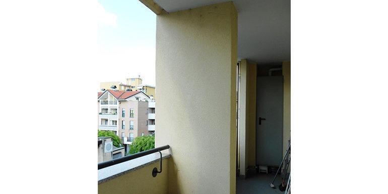 id_458_bilocale_castellanza_balcone_2