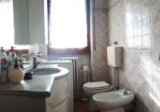 8 wc 1